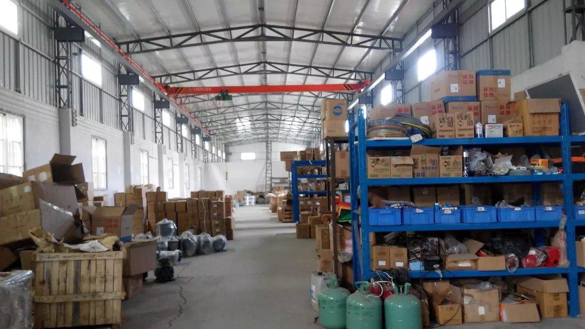 Kho hàng linh phụ kiện máy móc Maoxin